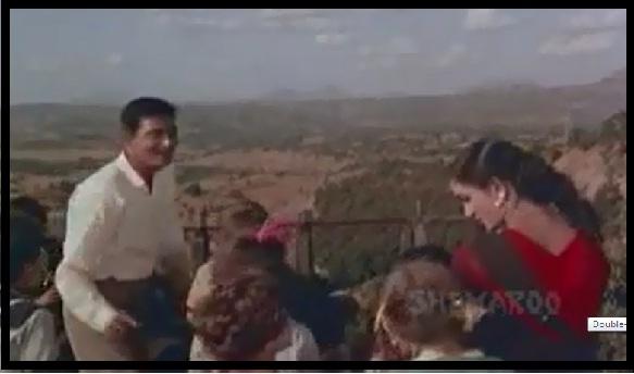 Hum Jab Chale To Ye Jahaa Jhume FROM Hum Hindustani (1961) ...
