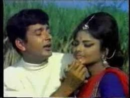 Kaan Me Jhumka Chaal Me Thumka FROM Sawan Bhadon 1970...