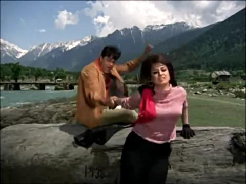 Kahan Chal Diye, Idhar Toh Aao ----- Jhuk Gaya Aasman (1968)...