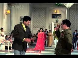 Koi Nazrana Lekar Aaya Hu Mai Diwana Tere Liye---- Aan Milo Sajna(1971)
